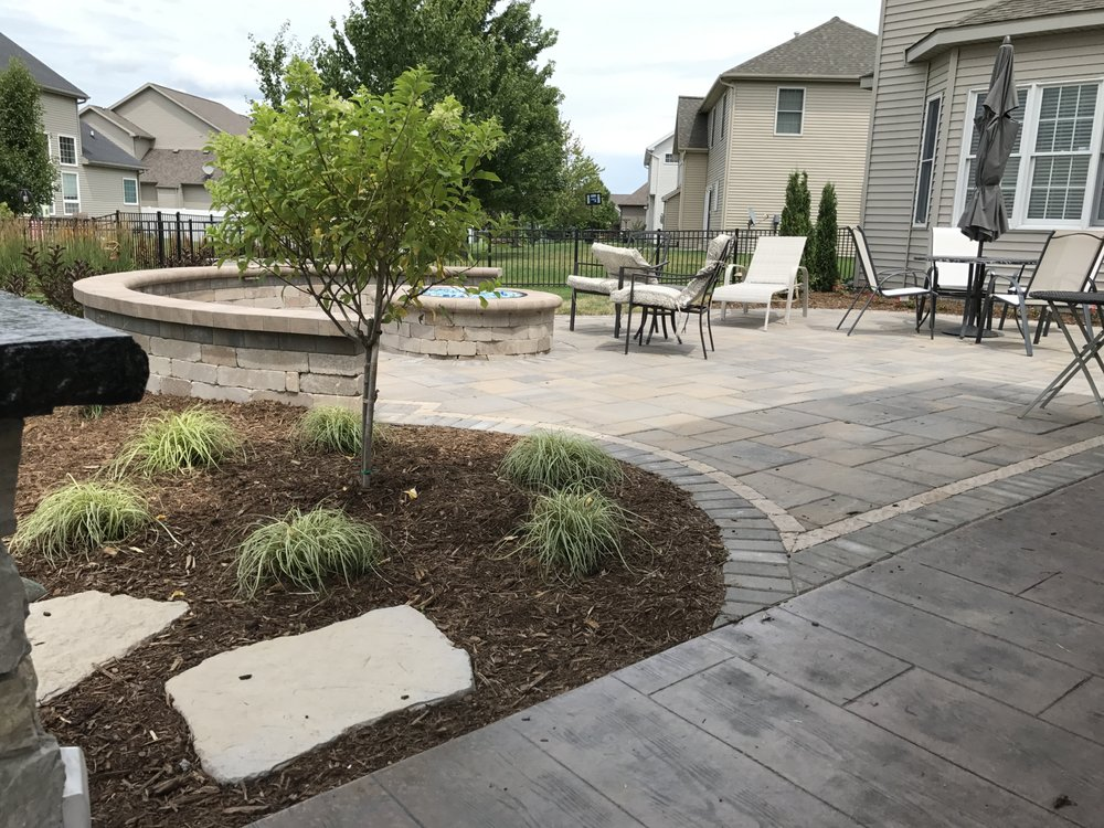 Bellas Landscaping: 2405 Fox Creek Rd, Bloomington, IL