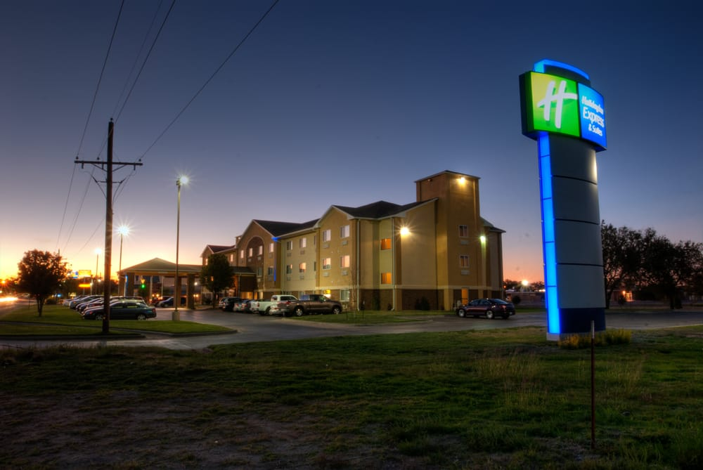Holiday Inn Express & Suites -  Canyon: 2901 4th Ave, Canyon, TX