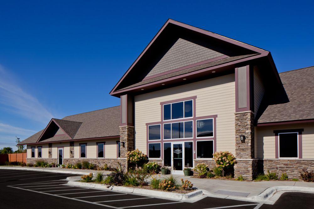 Monticello Pet Hospital: 4134 School Blvd, Monticello, MN