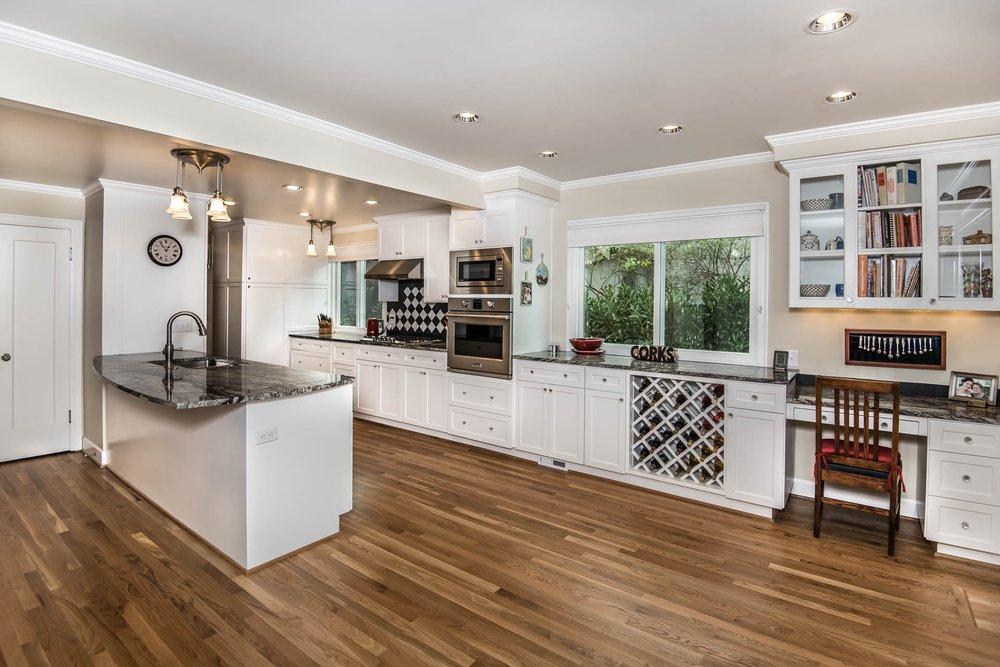 Highland Ridge Custom Home Remodeling: 412 Beavercreek Rd, Oregon City, OR