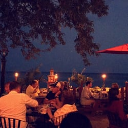 Waterfront Cafe Edgewater Chicago