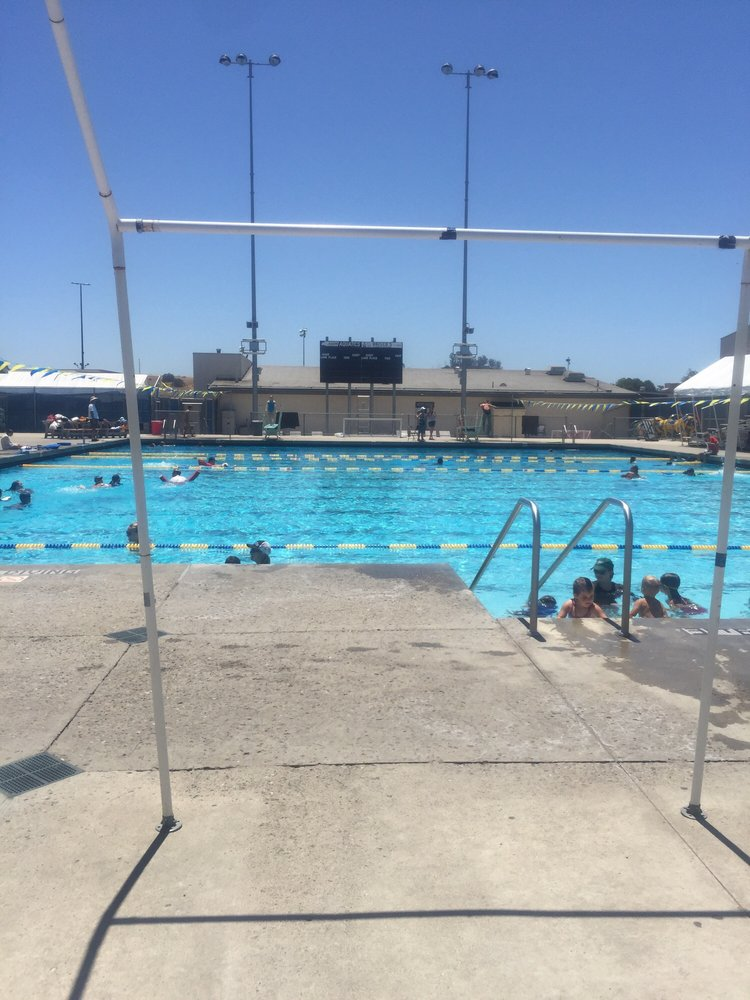 Arroyo grande high school pool piscines 495 valley rd for Piscine vallet
