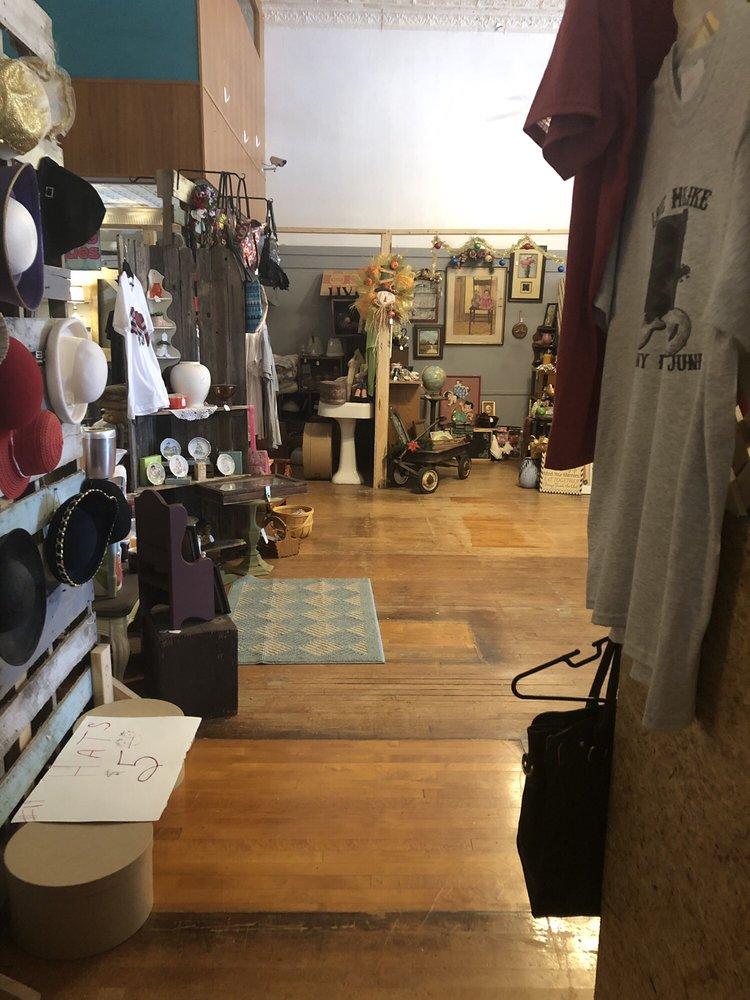 Miss Kate's Mercantile: 1602 S Walnut St, Coffeyville, KS