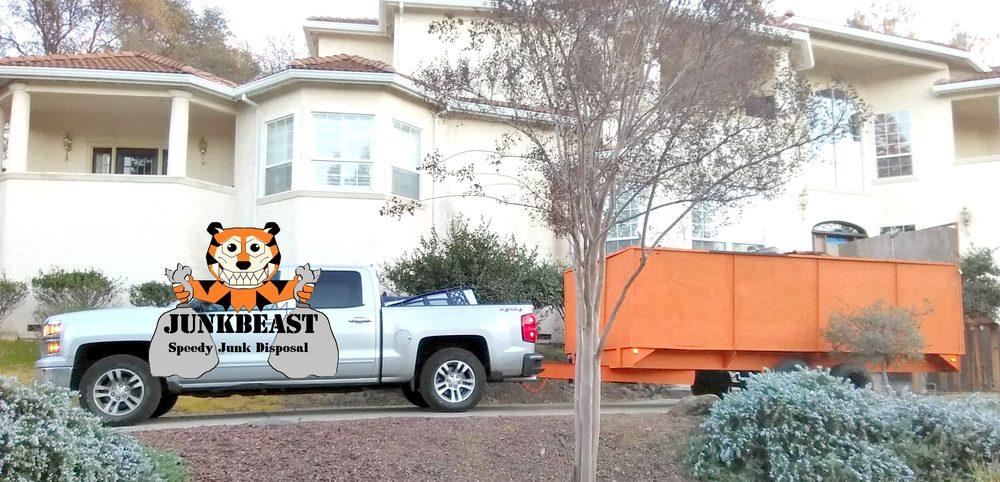 JunkBeast: Montgomery, TX