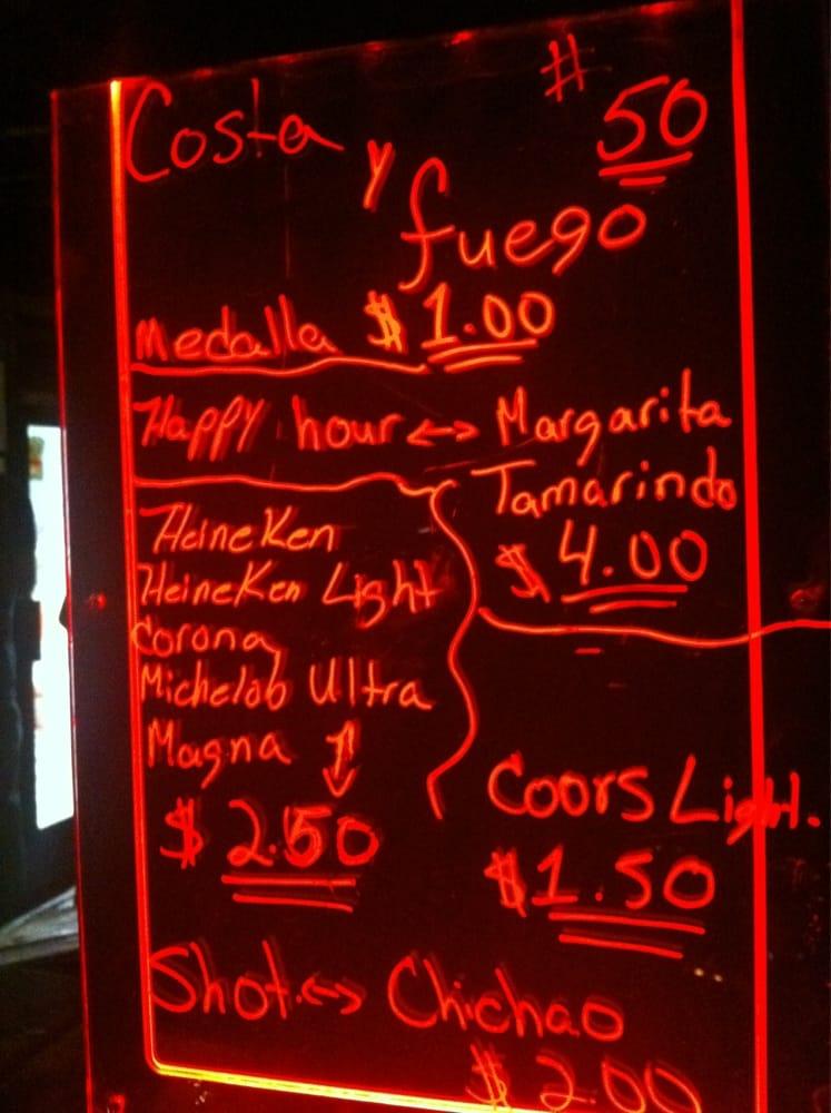 Costa Y Fuego: Kiosk 50, Luquillo, PR