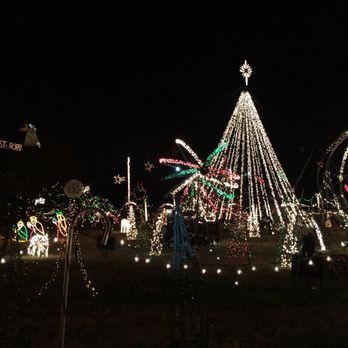 Christmas Light Show.Lake Myra Christmas Lights Arts Entertainment 210 E