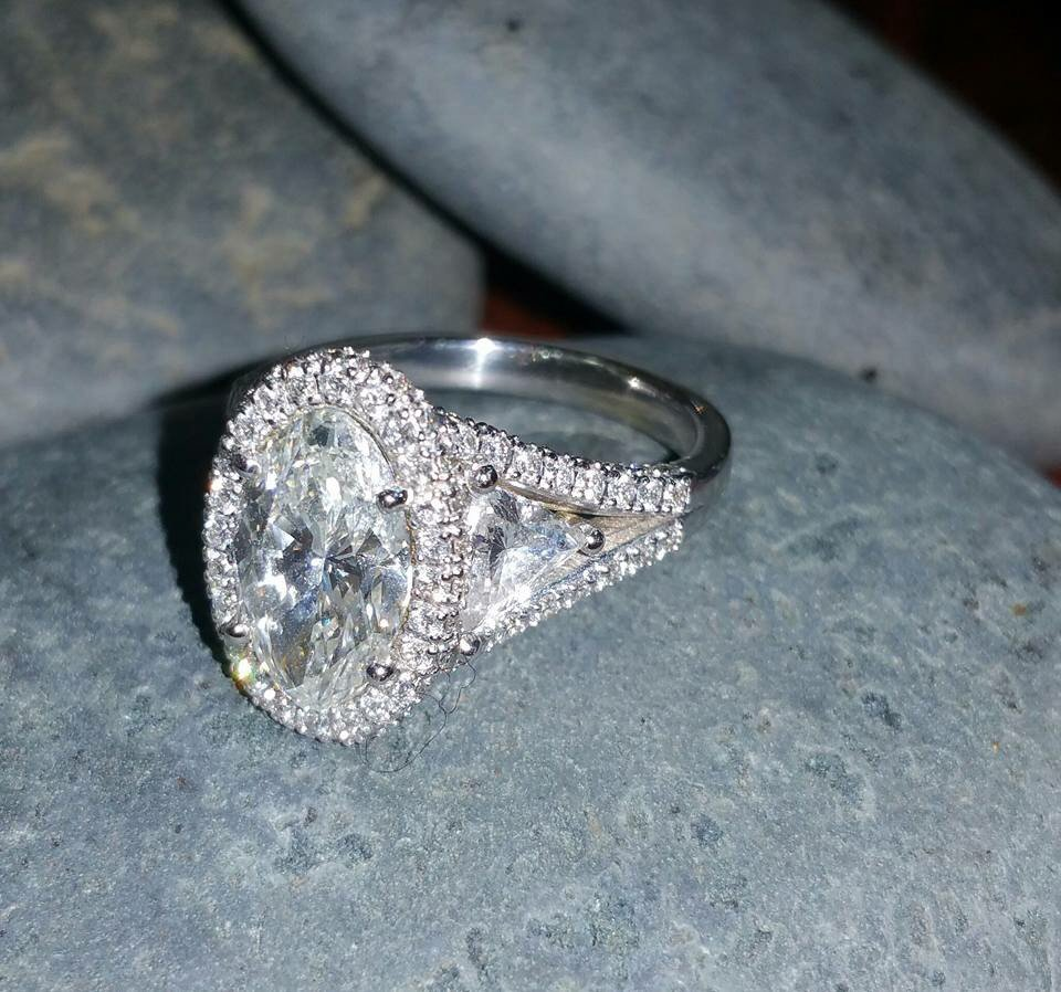 Oval shape diamond engagement ring ovalcut customdesig n for Luxor fine jewelry atlanta ga