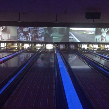 Let's get your party started at Bowlero San Marcos! Grab your friends and hit the lanes and arcades for a guaranteed good time.