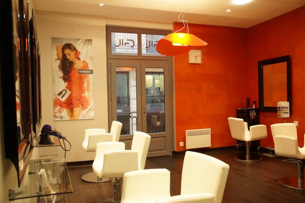 Gil coiffeur 10 fotos salones de belleza 30 rue des - Salon grandes ecoles ...