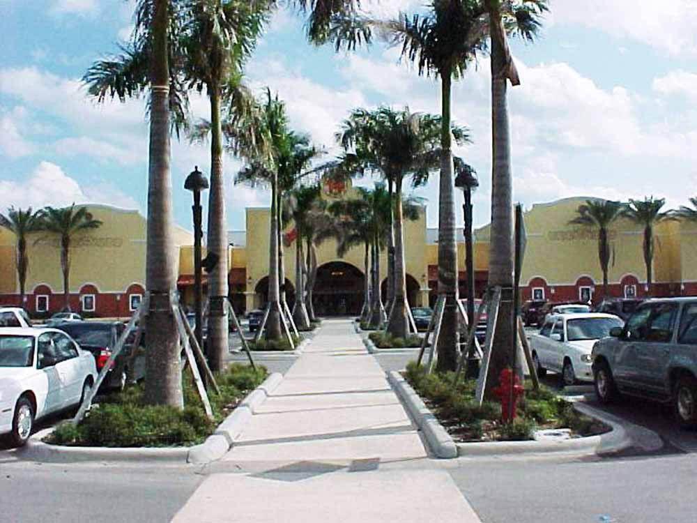 Boynton Beach Mall: 801 N Congress Ave, Boynton Beach, FL