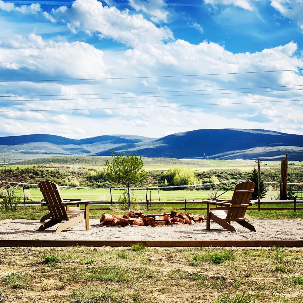 Trail and Hitch RV Park and Tiny Home Hotel: 322 County Rd 8, Meeker, CO