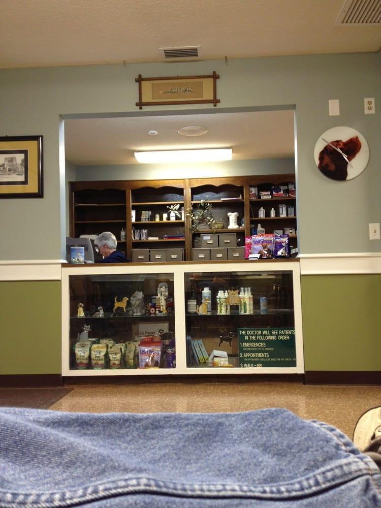 Animal Medical Clinic: 4499 Ga Hwy 40 E, Saint Marys, GA