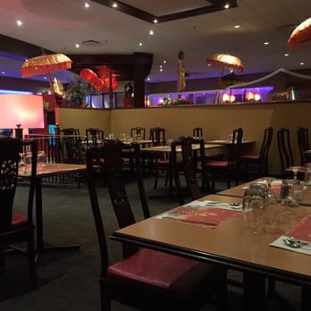 Les d lices d angkor cambodgien 2140 boulevard for Salle a manger yelp