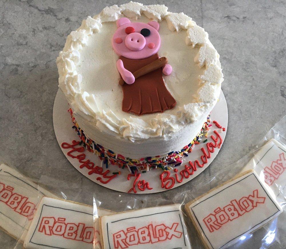 Amanda's Bakery: 184 W Main St, Bay Shore, NY