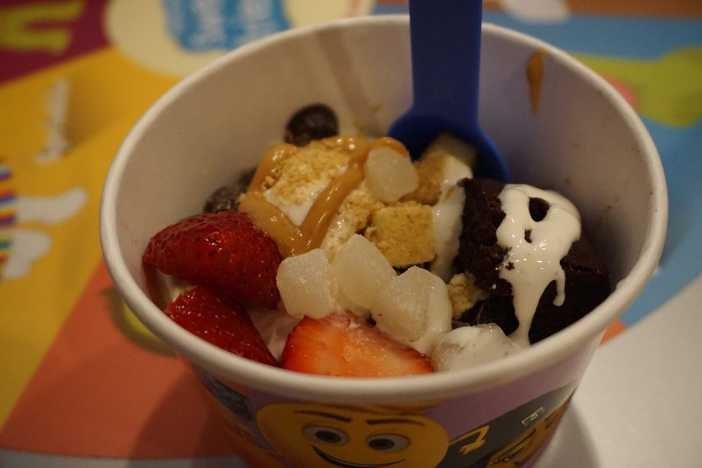 Menchie S Schaumburg Town Square 113 Photos 58 Reviews Ice