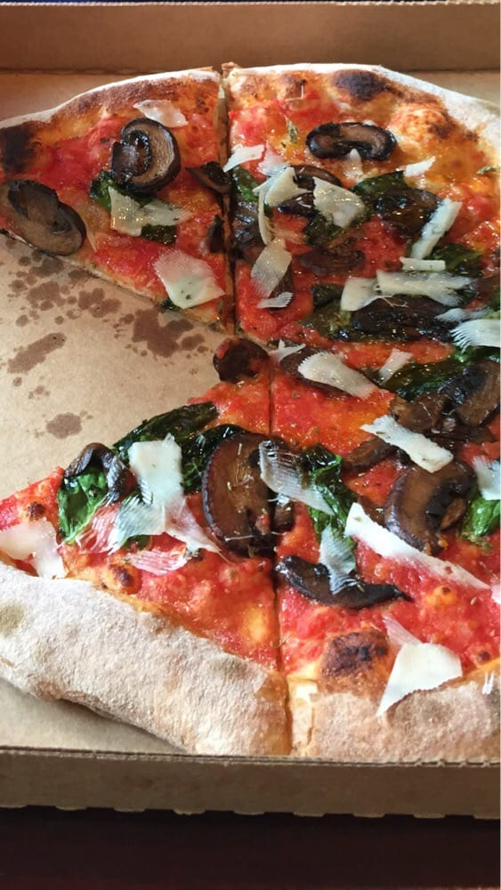 Peppino S Pizza: My Wifes Regular Pizza With Mushrooms And A Little Spinach