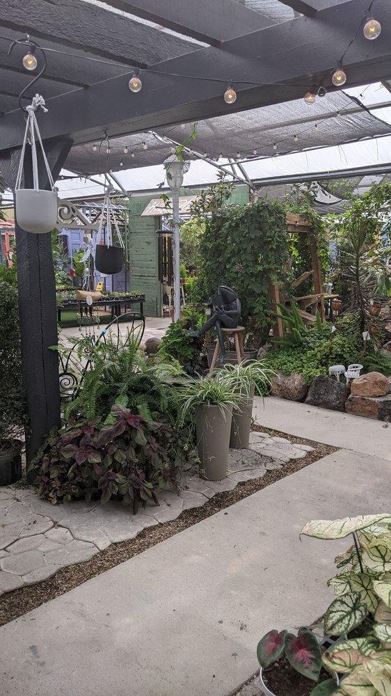 Olson's Garden Shoppe: 1190 W 400th N, Payson, UT