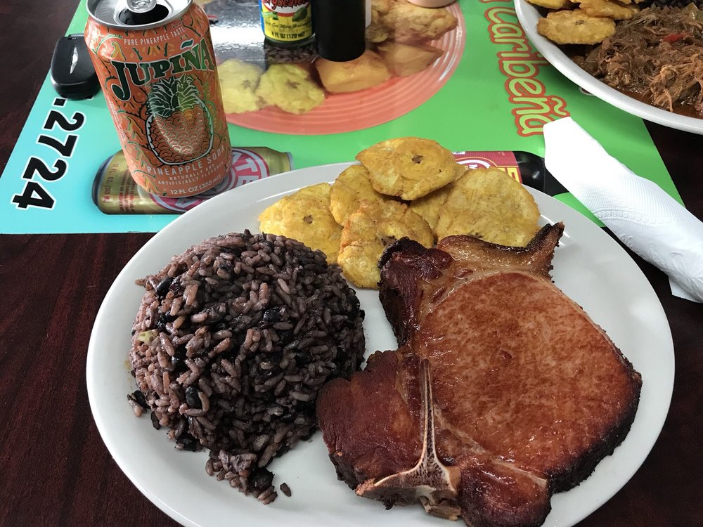 Comida Caribeña: 2819 San Bernardo Ave, Laredo, TX
