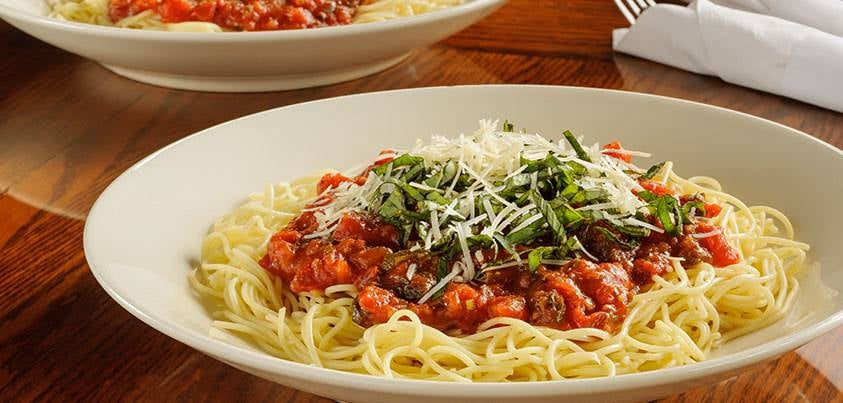The Old Spaghetti Factory, with a location in Duarte, Calif., also provides banquet rooms for birthday parties, anniversaries, sports events, company meetings and club gatherings. Additionally, the company s restaurants organize reading programs and fun games for children.6/10().