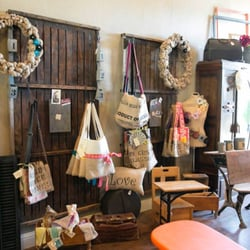 Photo Of Pieces Of Time Vintage Boutique   Fairfield, CA, United States.  Bags