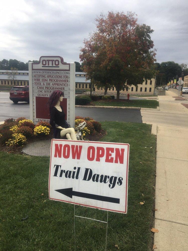 Trail Dawgs: 37 E Main St, Carpentersville, IL