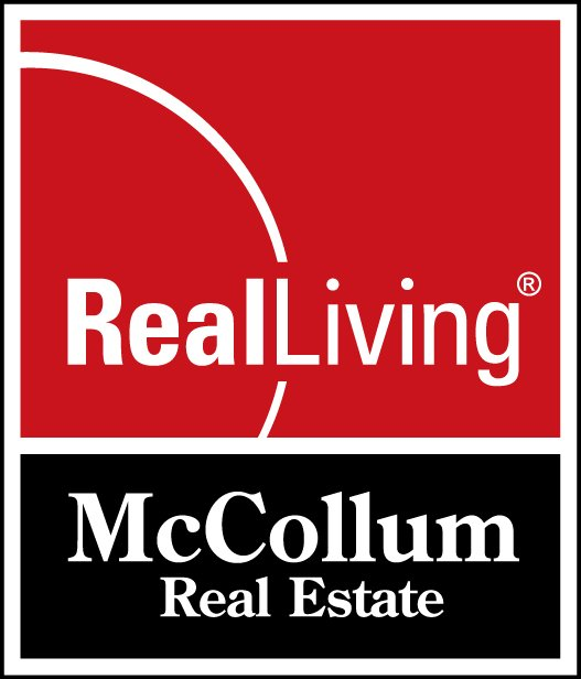 Real Living McCollum Real Estate: 811 North Main Street, Benton, IL