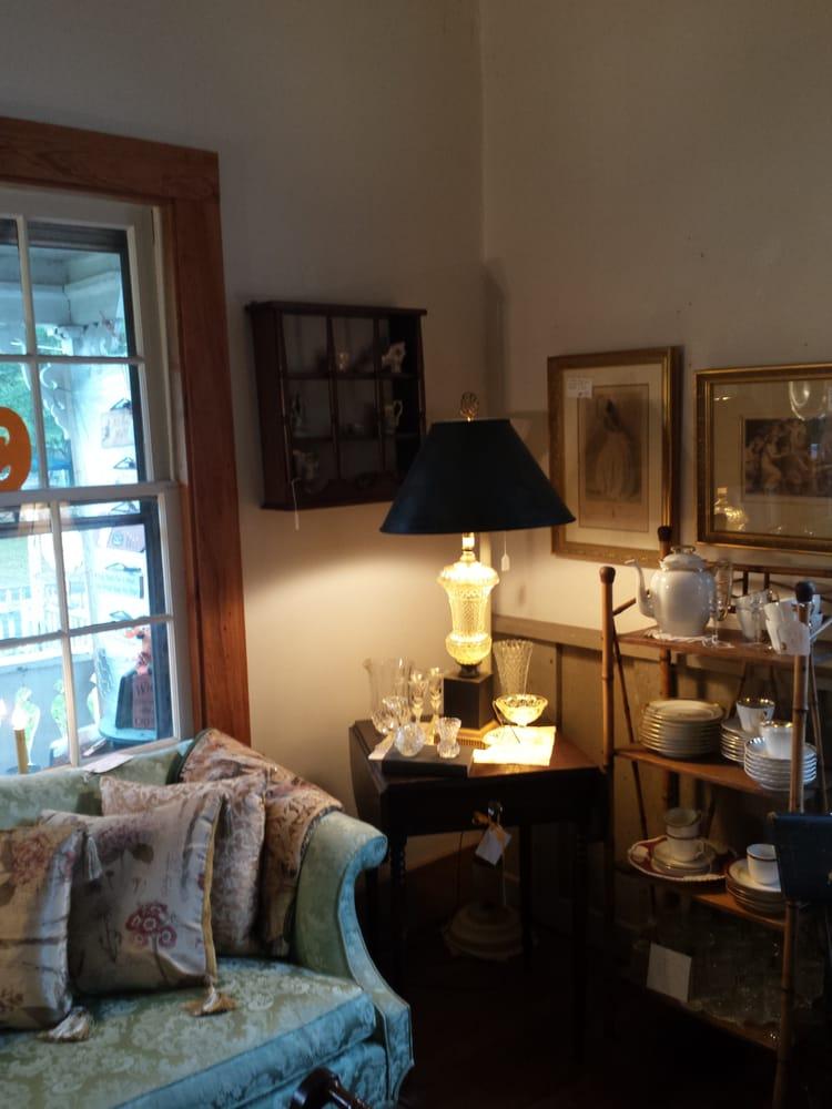 Ferguson House Antiques: 509 Carthage St, Cameron, NC