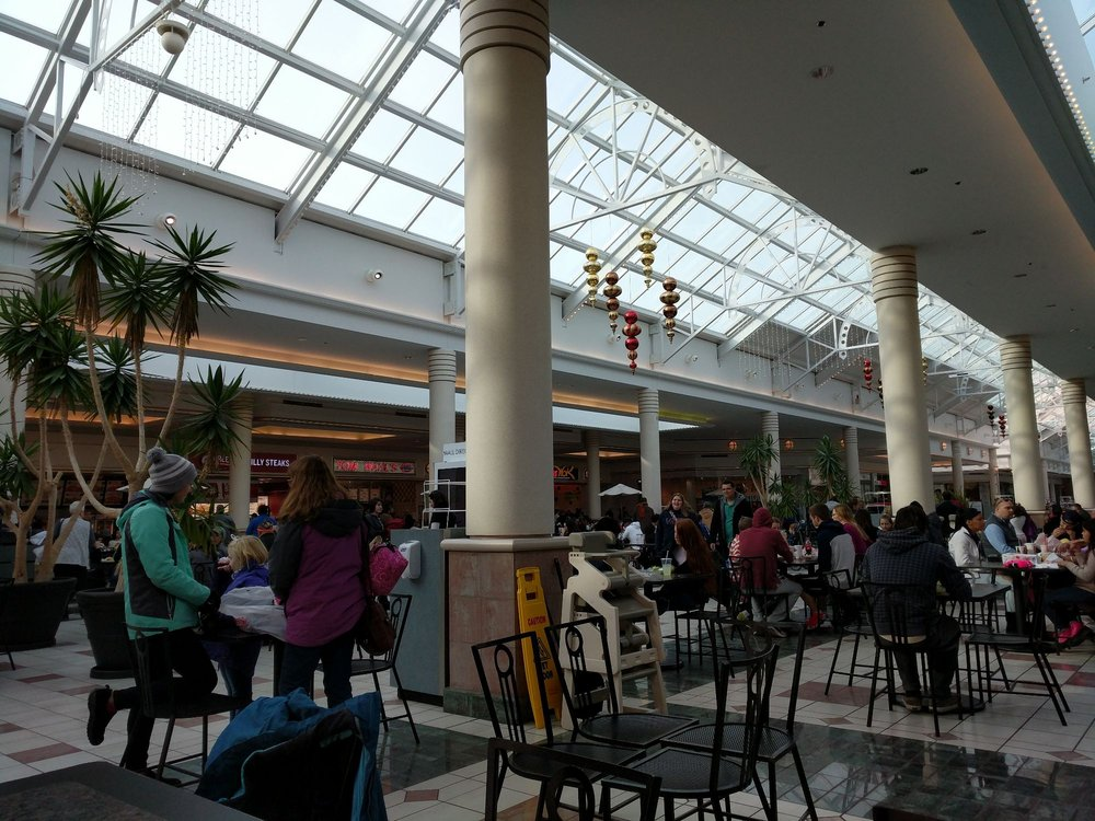 Eastview Mall: 7979 Pittsford Victor Rd, Victor, NY