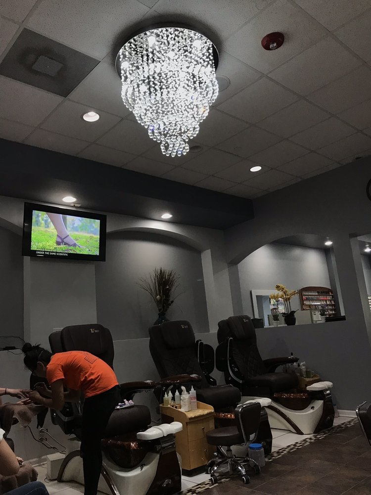 Trend Nails & Spa: 13961 S Bell Rd, Homer Glen, IL