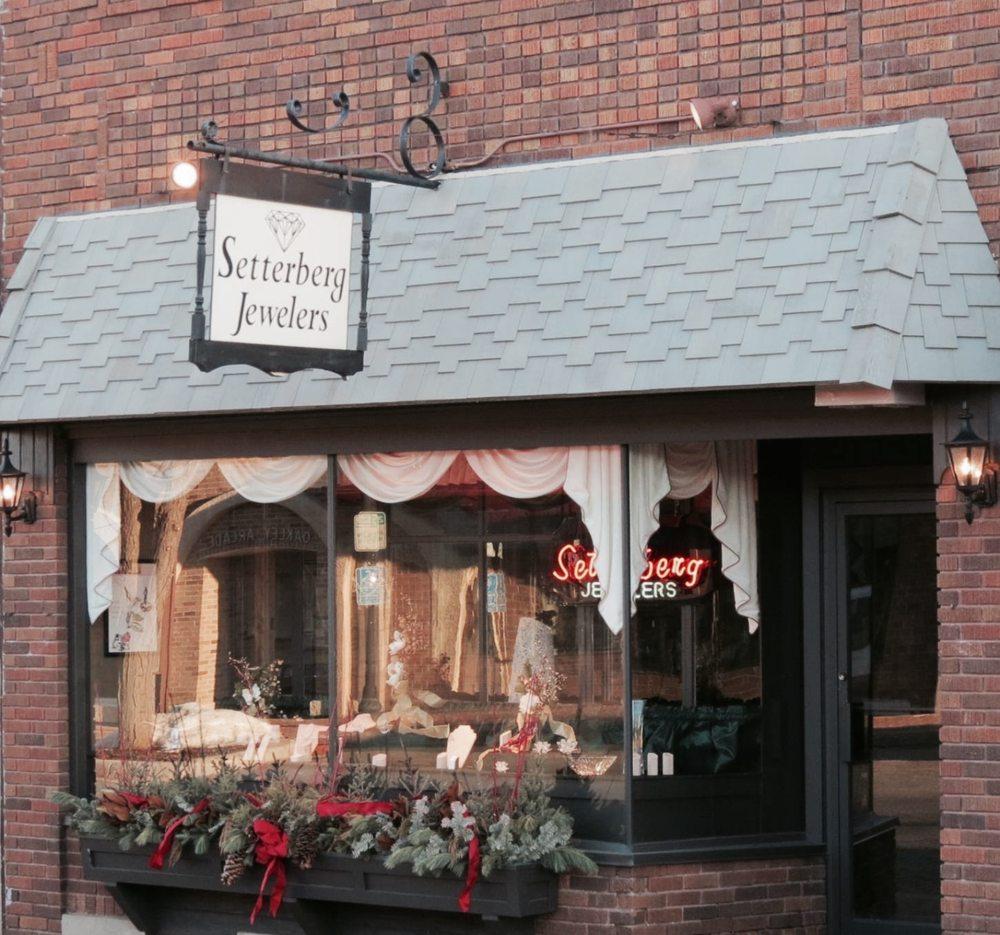 Setterberg Jewelers: 8 Division St E, Buffalo, MN
