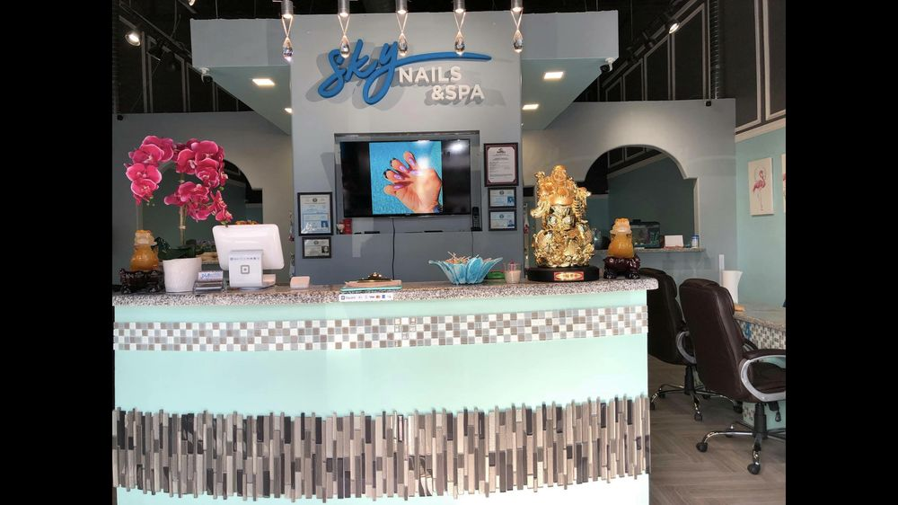 Sky Nails & Spa: 4237 Old Hwy 77, Brownsville, TX