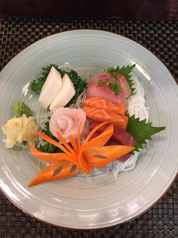 Lunch special sashimi comb yelp for Aoi japanese cuisine newport