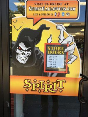 Spirit Halloween 5500 Grossmont Center Dr La Mesa, CA Costumes ...