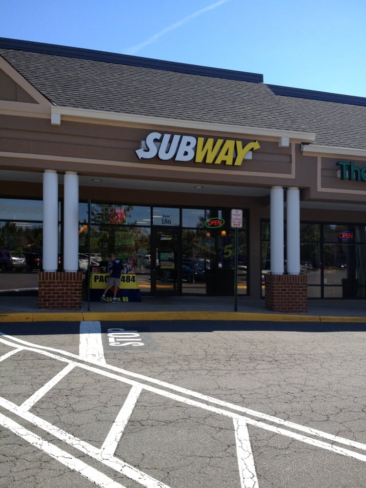 Subway: 43330 Junction Plz, Ashburn, VA