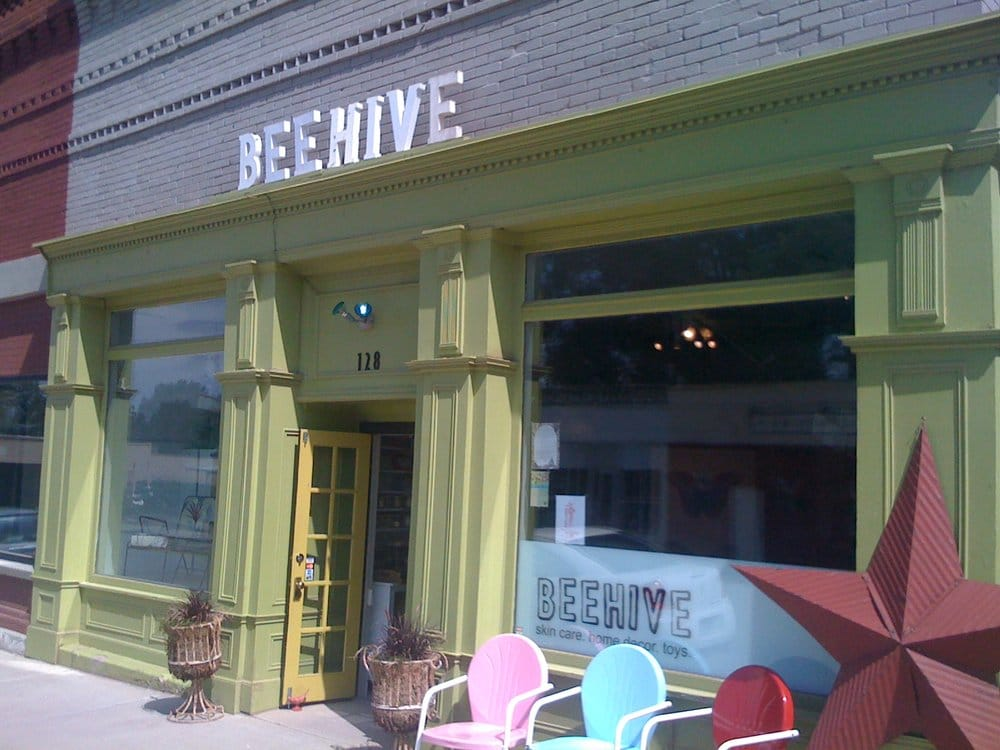 Beehive Boutique and Spa: 128 Grand Ave, Mancos, CO