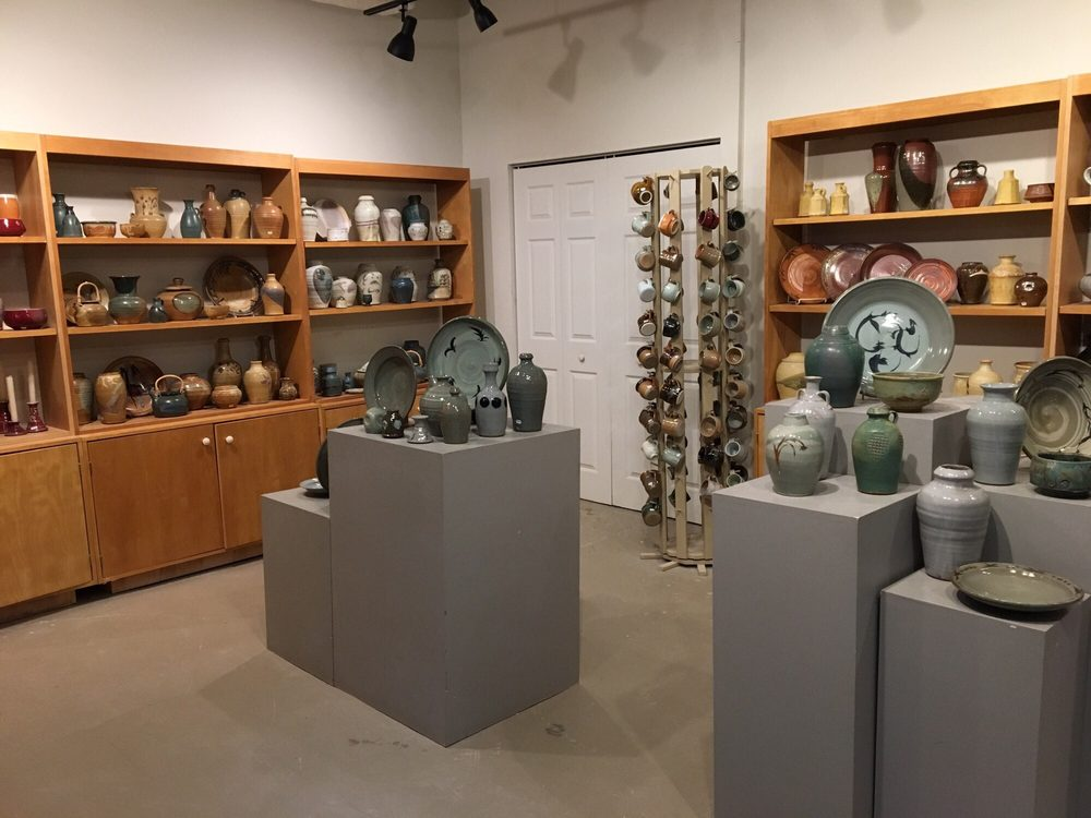 Hinckley Pottery: 3132 Blues Aly NW, Washington, DC, DC