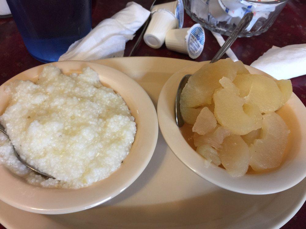 Forks Country Restaurant: 1619 Forest Rd, Bedford, VA