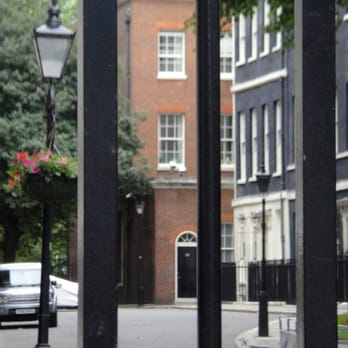 10 downing street 39 photos 33 reviews government public services 10 downing street. Black Bedroom Furniture Sets. Home Design Ideas