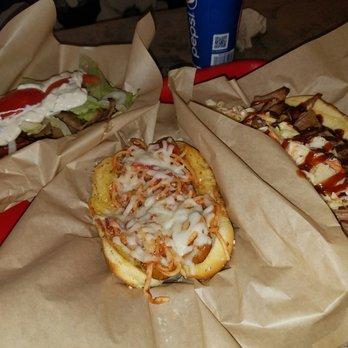 Harleys Hot Dog Revolution