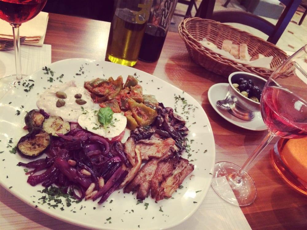 Pizzeria mario 31 foto 39 s 26 reviews italiaans for Koch eppendorf