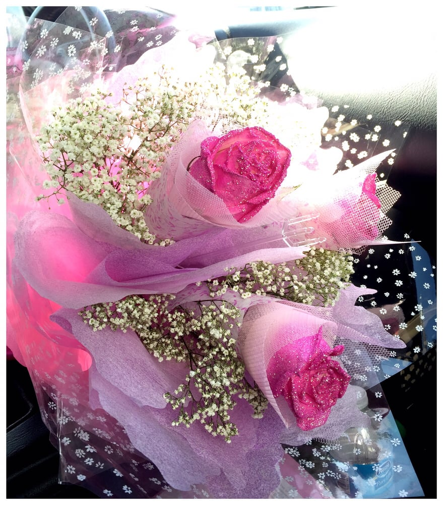 Pink Glitter Roses In Pink Hk Wrapping Mothers Day Creation Yelp