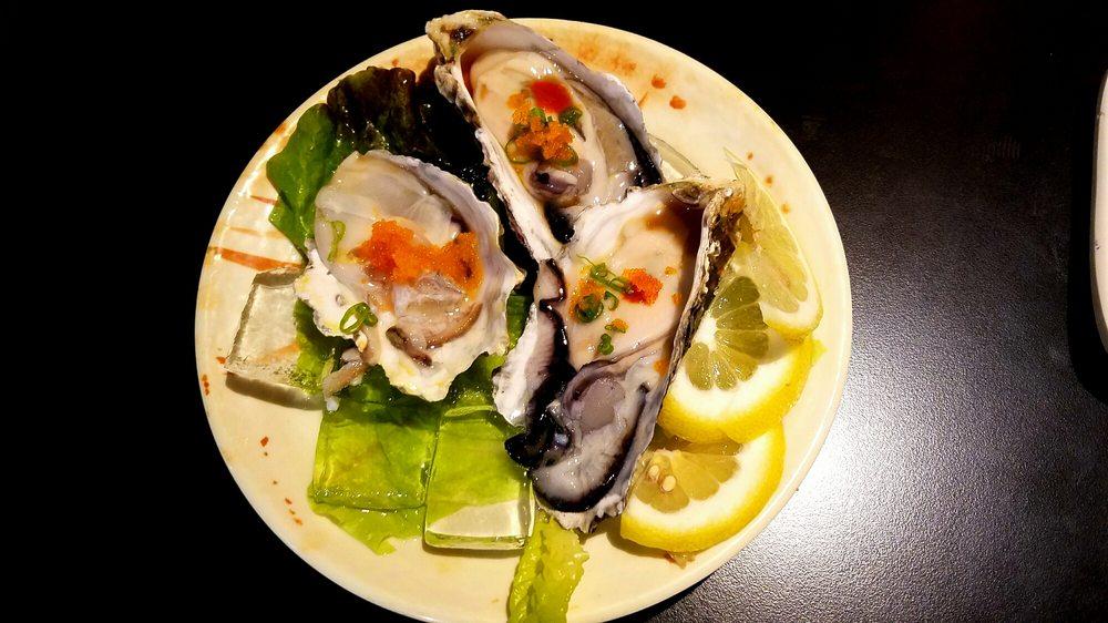 Arigatto Sushi: 660 North Beach Blvd, La Habra, CA