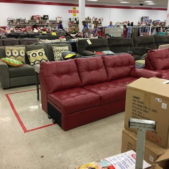 Photo Of Dirt Cheap   Hattiesburg, MS, United States. Nice Sofa Selection