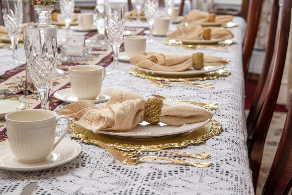 Cloran Mansion Bed & Breakfast: 1237 Franklin St, Galena, IL