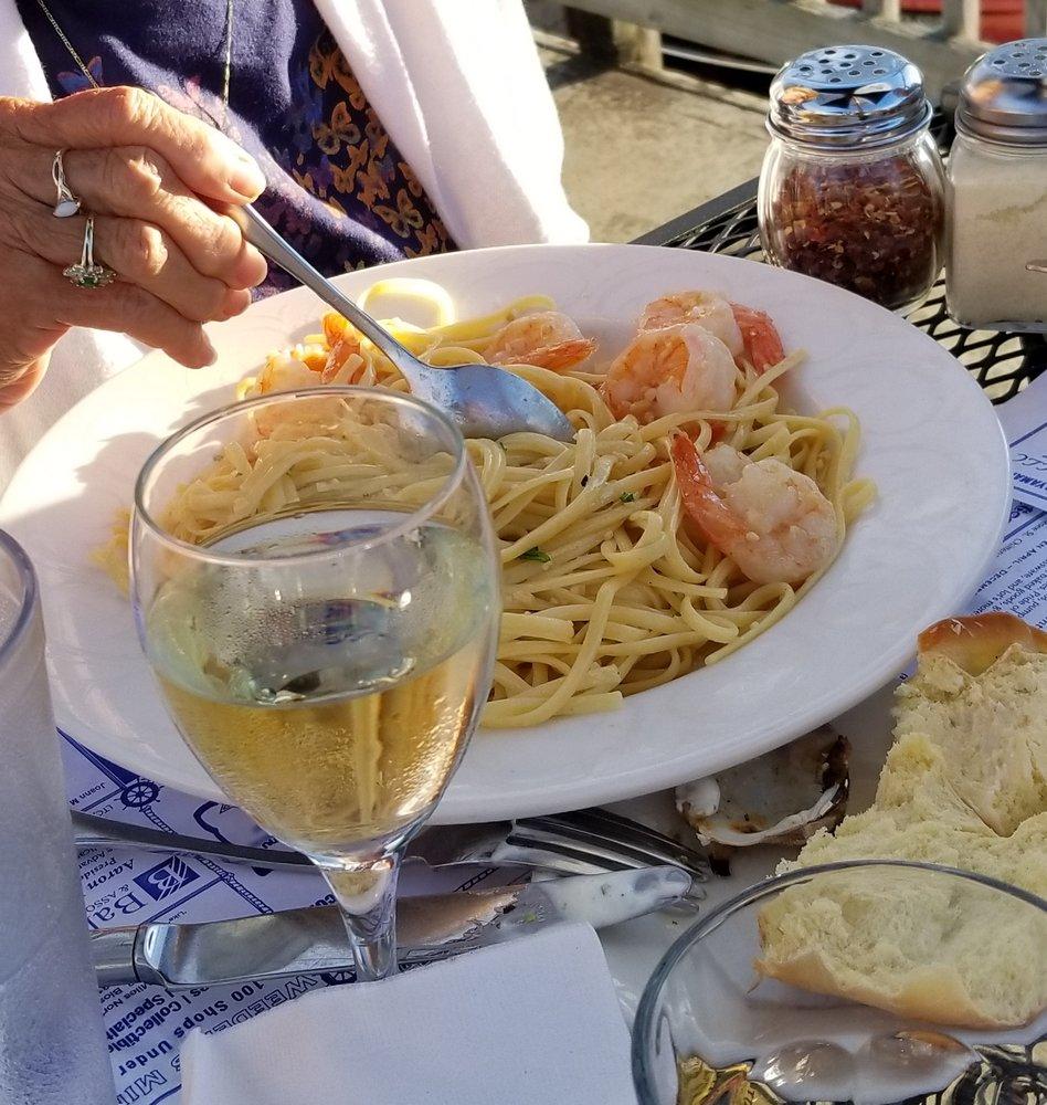 Pier 31: Shrimp Scampi Over Pasta