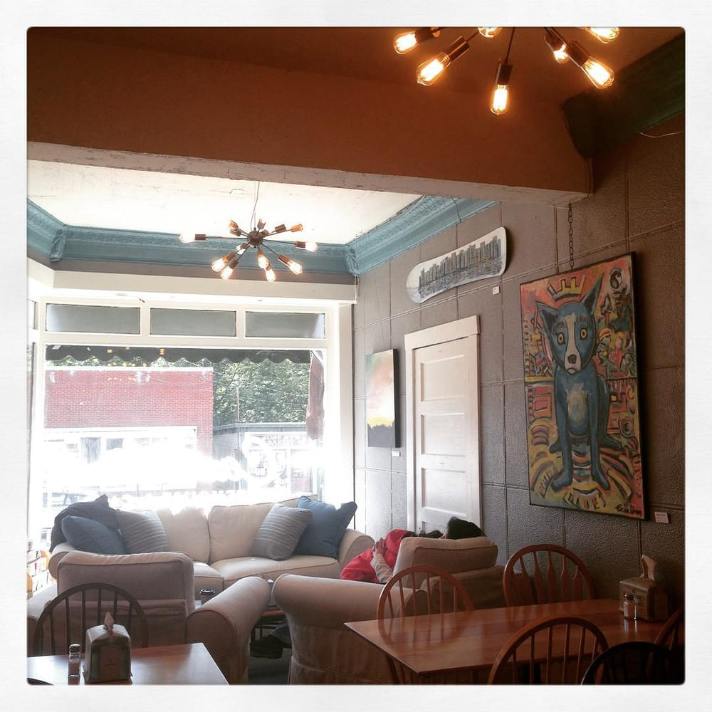 Photo Of Cascade Coffeehouse U0026 Cafe   Woodstock, NH, United States. New  Couches