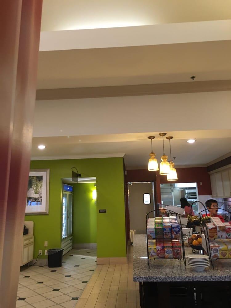 Hilton Garden Inn Shoreview 11 Photos 14 Reviews Hotels 1050 Gramsie Rd Shoreview Mn