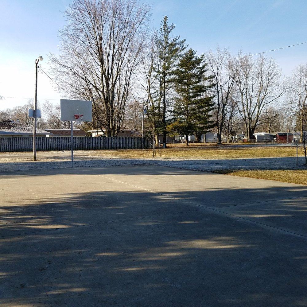 Mendota Park: 5803 Mendota Dr, Kokomo, IN