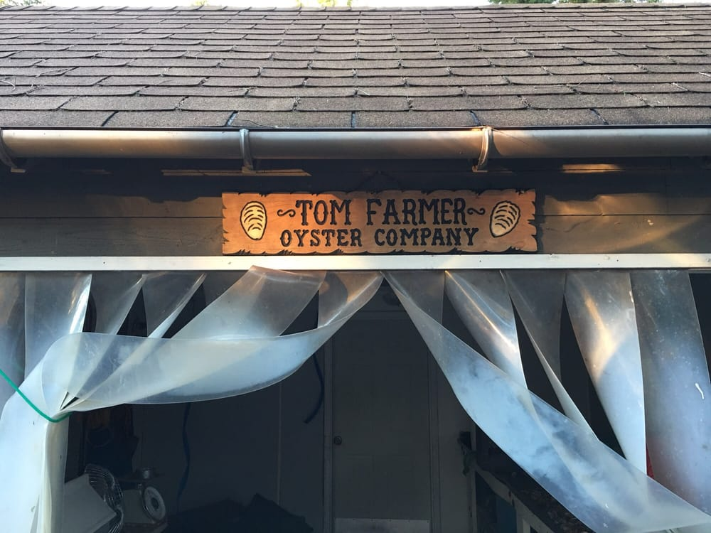 Tom Farmer Oyster Company LLC: 17001 E State Rt 3, Allyn, WA