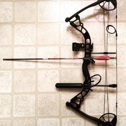 Sporting Goods Fine Archery Lot With 3 Arrow Rests